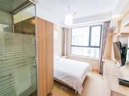 索纳特公寓嘉定曹安公路店 1室 中装 押一付一