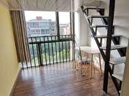 晋灏公寓 航中路店 阳光loft1室1厅